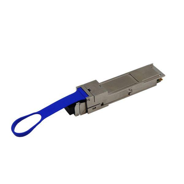 Адаптер трансиверов QSFP+ - SFP+ с установленным трансивером