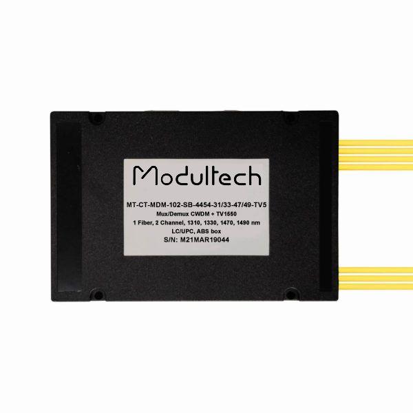 Мультиплексор CWDM одноволоконный 2-канальный (1310, 1330, 1470, 1490 нм) + выделенный TV канал 1550, abs box