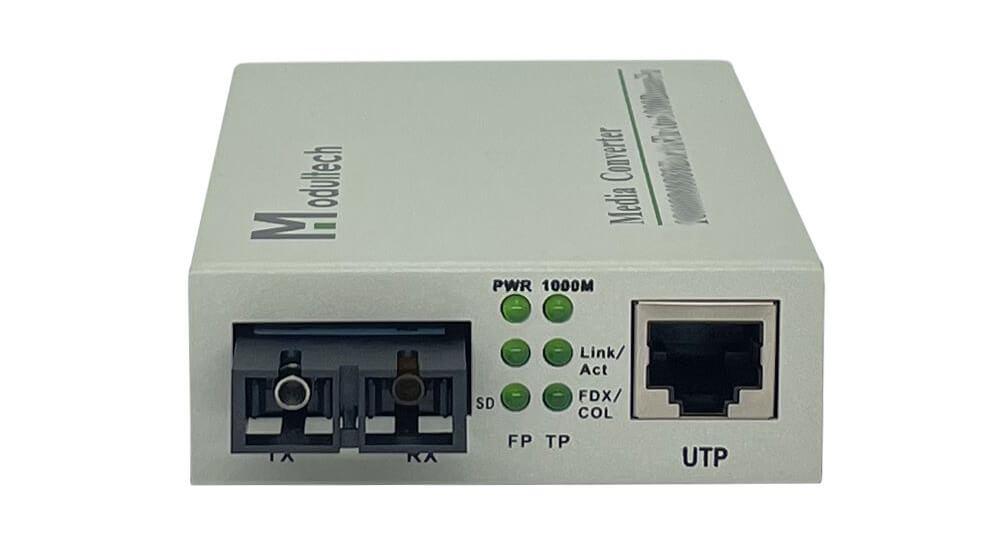 Лицевая панель медиаконвертеров 1000 Мбит/с