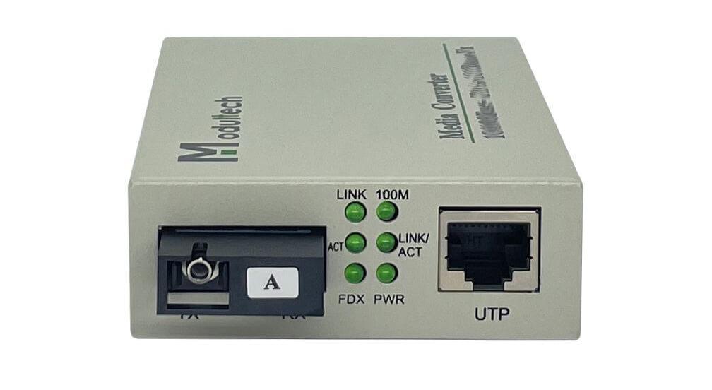 Лицевая панель медиаконвертеров 100 Мбит/с